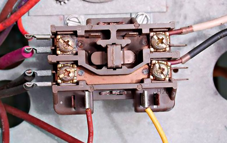 How A Contactor Works